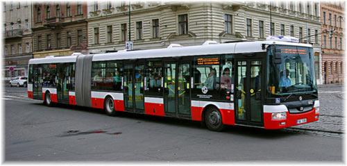 Znalezione obrazy dla zapytania autobusy praha