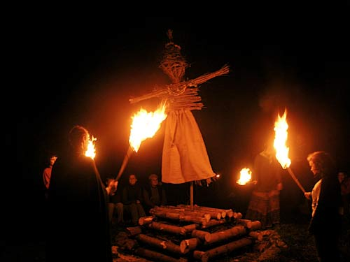 the burning of the witches � prague guide