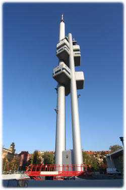 tv_tower_prague.jpg